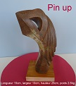 sculpture abstraite en st�atite nomm�e `pin up`